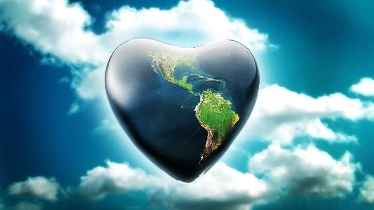 heart-earth-shaped-fantasy-wallpaper-wallpapers.jpg